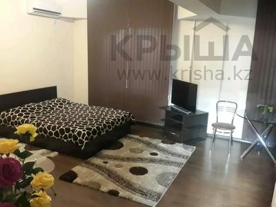 1-комнатная квартира, 40 м², 2/5 этаж посуточно, Гоголя — Панфилова за 5 000 〒 в Алматы, Алмалинский р-н