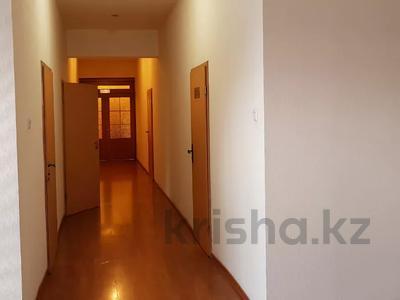 Офис площадью 500 м², Майлина — Бекмаханова за 4 500 〒 в Алматы, Турксибский р-н — фото 9