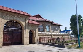 12-комнатный дом, 650 м², 18 сот., Толе би 144 — Яссауи за 80 млн 〒 в