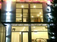 3-комнатный дом, 130 м², 2 сот., мкр Коктобе, Кабанбай батыра (Калинина) 7Б — Максимова за 70 млн 〒 в Алматы, Медеуский р-н