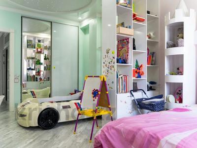 3-комнатная квартира, 124 м², 3/10 этаж, Жарокова 230 — Си Синхая за 83 млн 〒 в Алматы, Бостандыкский р-н