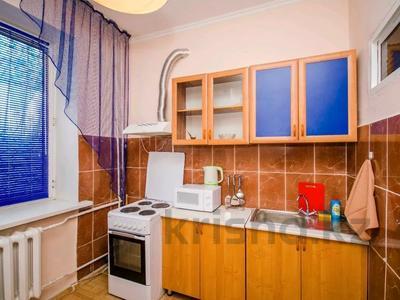 1-комнатная квартира, 38 м², 1/4 этаж помесячно, Панфилова 203 — Козыбаева за 120 000 〒 в Алматы