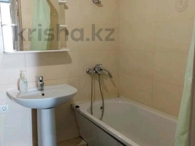 1-комнатная квартира, 47 м², 22/23 этаж посуточно, Сарайшык 5 за 10 000 〒 в Нур-Султане (Астана), Есиль р-н — фото 6