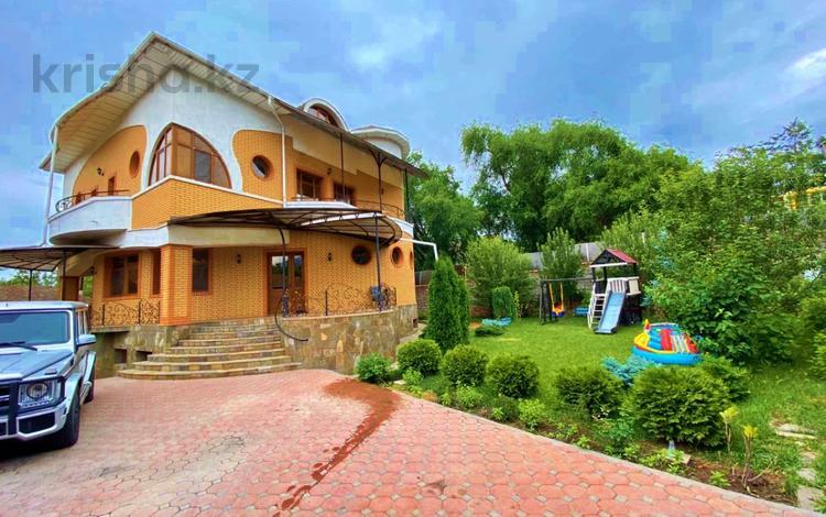 8-комнатный дом помесячно, 628 м², Бостандыкский р-н, мкр Мирас за 1.6 млн 〒 в Алматы, Бостандыкский р-н