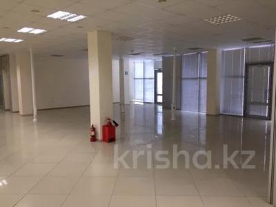 Офис площадью 700 м², Азаттык 113 за 7 500 〒 в Атырау — фото 3
