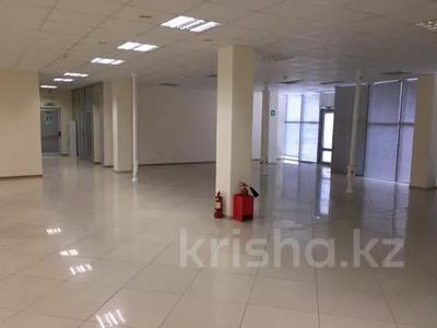Офис площадью 700 м², Азаттык 113 за 7 500 〒 в Атырау — фото 4