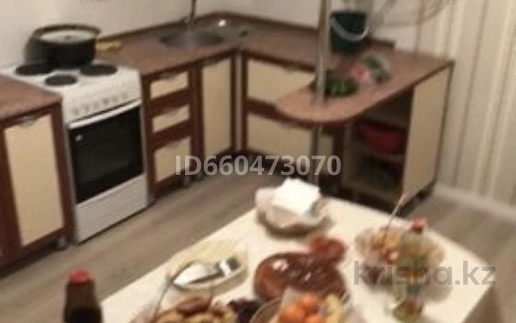 2-комнатная квартира, 54 м², 10/12 этаж, Сарыарка 43 — Богенбая за 17 млн 〒 в Нур-Султане (Астана), Сарыарка р-н