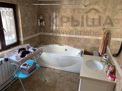 4-комнатный дом помесячно, 115 м², 3.5 сот., Байтасова 14 — Луганского за 300 000 〒 в Алматы, Медеуский р-н — фото 14