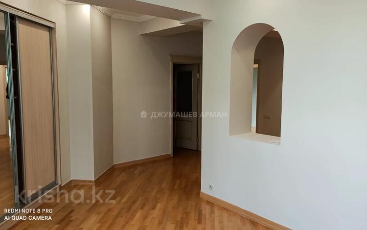 3-комнатная квартира, 130 м², 6/7 этаж, Курмангазы 141 за 68 млн 〒 в Алматы, Алмалинский р-н