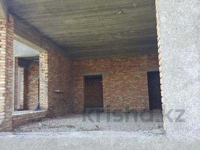 7-комнатный дом, 700 м², 35 сот., Карасу за 37 млн 〒 в Шымкенте — фото 3