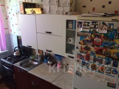 3-комнатная квартира, 58 м², 1/2 этаж, Достык дружбы 115 — Ескалиева за 7 млн 〒 в Уральске — фото 8