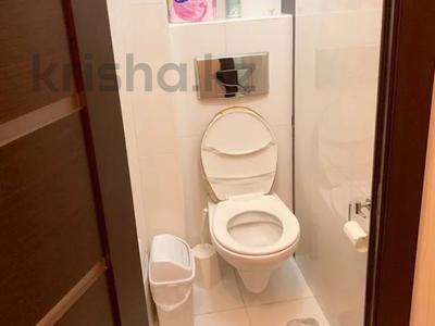 2-комнатная квартира, 45 м², 3/4 этаж, Аль-Фараби 19 — Зейна Шашкина за 19.7 млн 〒 в Алматы, Медеуский р-н — фото 8