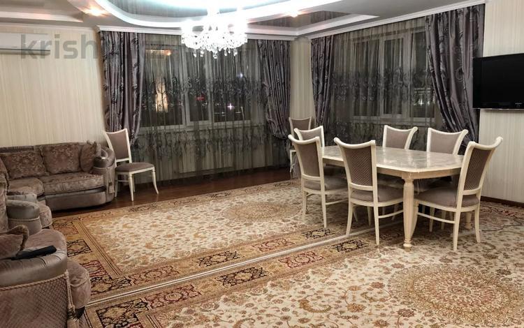 4-комнатная квартира, 185 м², 6/9 этаж, Сыганак 23 — Акмешит за 67 млн 〒 в Нур-Султане (Астана), Есиль р-н