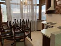 2-комнатная квартира, 62 м², 8/12 этаж на длительный срок, Желтоксан 17А за 200 000 〒 в Шымкенте