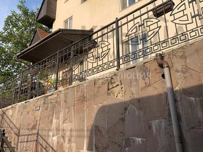 8-комнатный дом, 330 м², 6.2 сот., мкр Тастыбулак за 53 млн 〒 в Алматы, Наурызбайский р-н — фото 28