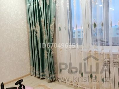 2-комнатная квартира, 56 м², 10/10 этаж, мкр Юго-Восток, Мкр Гульдер 2 4 за 19 млн 〒 в Караганде, Казыбек би р-н