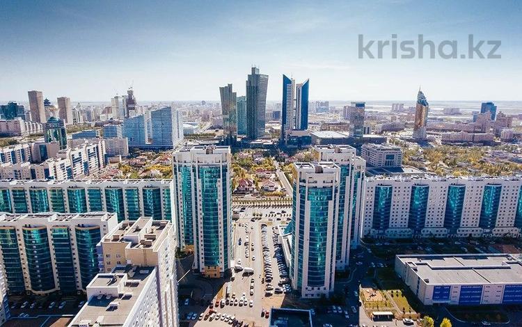 2-комнатная квартира, 70 м², 16/25 этаж, Сарайшык за ~ 24.8 млн 〒 в Нур-Султане (Астана), Есиль р-н