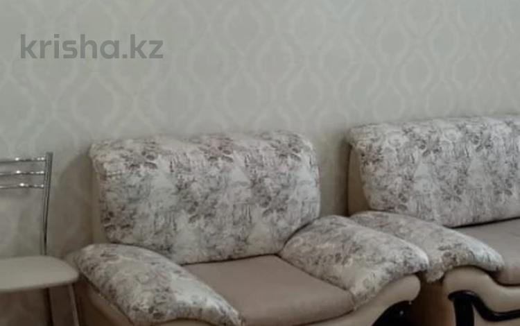 3-комнатная квартира, 64 м², 4/4 этаж, Механическая за 12.4 млн 〒 в Караганде, Казыбек би р-н