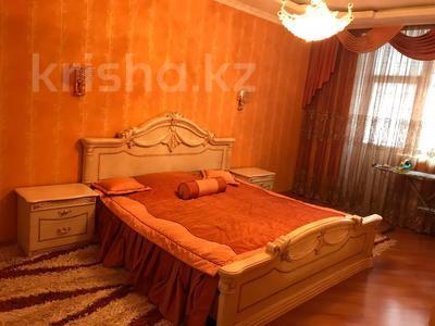 2-комнатная квартира, 100 м², 3/11 этаж помесячно, Академика Сатпаева 336 за 250 000 〒 в Павлодаре — фото 7