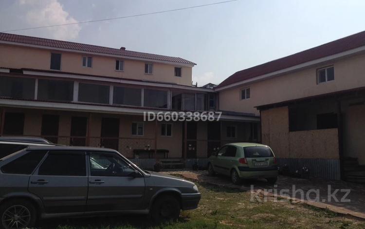 16 комнат, 400 м², Казахстанская 16 за 3 000 〒 в Бурабае