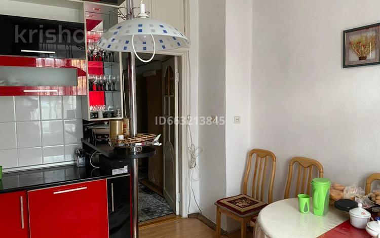 3-комнатная квартира, 84.2 м², 1/3 этаж, Назарбаева 7/1 за 25 млн 〒 в Усть-Каменогорске