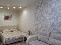 1-комнатная квартира, 45 м², 3/9 этаж посуточно, мкр Самал-2 77 за 14 000 〒 в Алматы, Медеуский р-н