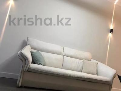 2-комнатная квартира, 70 м², 8/16 этаж, Навои — Торайгырова за 37.9 млн 〒 в Алматы, Бостандыкский р-н — фото 2