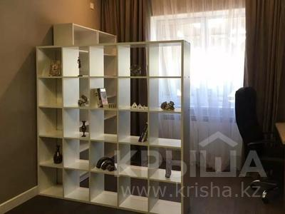 2-комнатная квартира, 70 м², 8/16 этаж, Навои — Торайгырова за 37.9 млн 〒 в Алматы, Бостандыкский р-н — фото 6