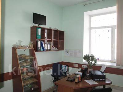 Магазин площадью 357 м², Пролетарская за 52 млн 〒 в Щучинске — фото 11