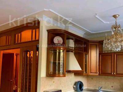 2-комнатная квартира, 80 м², 2/7 этаж помесячно, мкр Самал-3, Кажымукана — Кажымукана за 300 000 〒 в Алматы, Медеуский р-н — фото 3