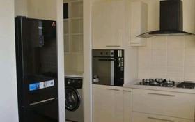 3-комнатная квартира, 93 м², 7/9 этаж помесячно, Студенческий проспект 190Б за 300 000 〒 в Атырау