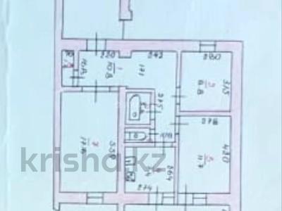 3-комнатная квартира, 62 м², 2/5 этаж, 14-й мкр 18 за 23 млн 〒 в Актау, 14-й мкр