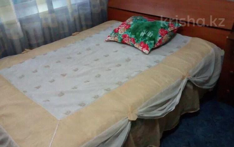 1-комнатная квартира, 33 м² посуточно, мкр Орбита-2, Биржана 28 — Мустафина за 5 000 〒 в Алматы, Бостандыкский р-н