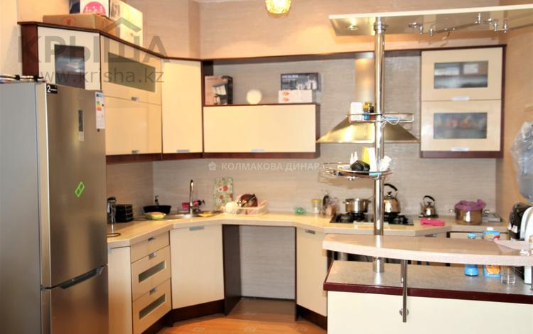 5-комнатный дом, 280 м², 4 сот., мкр Мамыр, Мкр Мамыр 27 за 99 млн 〒 в Алматы, Ауэзовский р-н