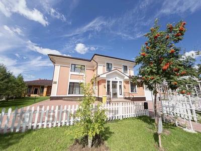 7-комнатный дом поквартально, 425 м², 12 сот., Е477 за 1.9 млн 〒 в Нур-Султане (Астана), Есиль р-н