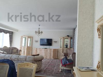 4-комнатная квартира, 156 м², 6/26 этаж, проспект Туран 37/9 за 94 млн 〒 в Нур-Султане (Астана), Есиль р-н — фото 16