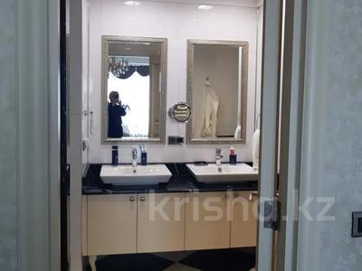 4-комнатная квартира, 156 м², 6/26 этаж, проспект Туран 37/9 за 94 млн 〒 в Нур-Султане (Астана), Есиль р-н — фото 38