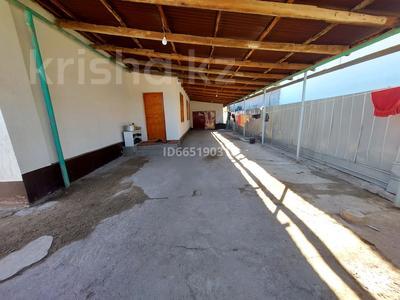 5-комнатный дом, 135 м², 6 сот., Козлова 11 за 20 млн 〒 в Таразе