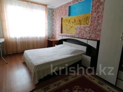 2-комнатная квартира, 75 м², 3/10 этаж помесячно, Кенжебека Кумисбекова 3А за 120 000 〒 в Нур-Султане (Астана), Сарыарка р-н