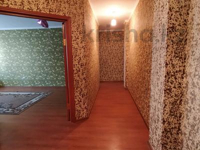 2-комнатная квартира, 75 м², 3/10 этаж помесячно, Кенжебека Кумисбекова 3А за 120 000 〒 в Нур-Султане (Астана), Сарыарка р-н — фото 6