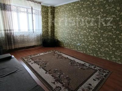 2-комнатная квартира, 75 м², 3/10 этаж помесячно, Кенжебека Кумисбекова 3А за 120 000 〒 в Нур-Султане (Астана), Сарыарка р-н — фото 9