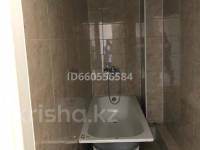 1-комнатная квартира, 43 м², 2/6 этаж помесячно, Сарыарка 41 за 90 000 〒 в Нур-Султане (Астана), Сарыарка р-н — фото 4