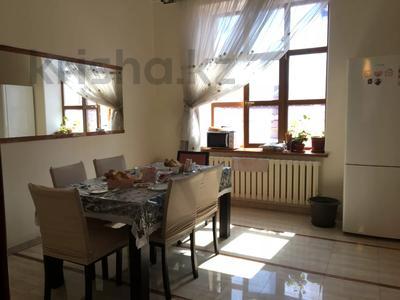 7-комнатный дом, 430 м², 7 сот., Ихсанова за 72 млн 〒 в Уральске