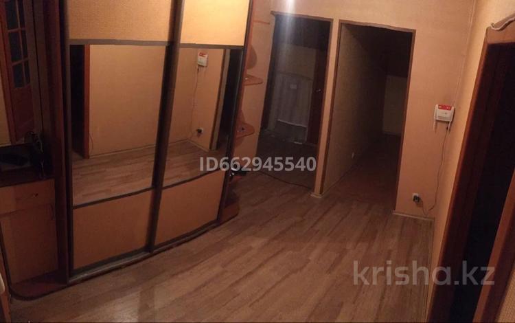 3-комнатная квартира, 75 м², 9/10 этаж помесячно, Жамбыла 1а — Ауэзова за 90 000 〒 в Петропавловске