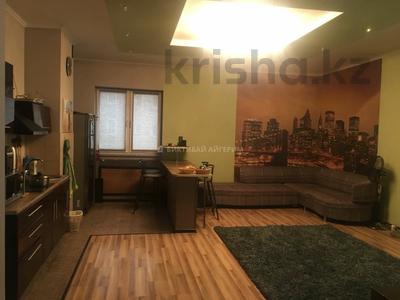 2-комнатная квартира, 80 м², 12/18 этаж, Брусиловского 144 за 28 млн 〒 в Алматы, Алмалинский р-н