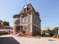 17-комнатный дом помесячно, 1350 м², 25 сот.
