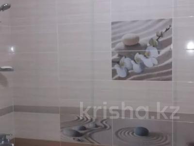 2-комнатная квартира, 72.6 м², 1/5 этаж, БАТЫС-2 20В — МОЛДАГУЛОВА - ТАУЕЛСИЗДИК за 21.5 млн 〒 в Актобе, мкр. Батыс-2 — фото 8