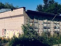 Здание, площадью 225 м²