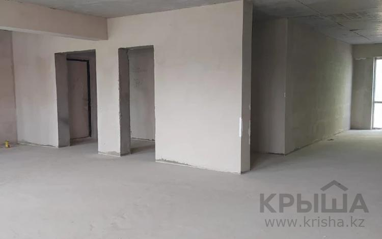 3-комнатная квартира, 97 м², 6/13 этаж, Макатаева за 33 млн 〒 в Алматы, Алмалинский р-н