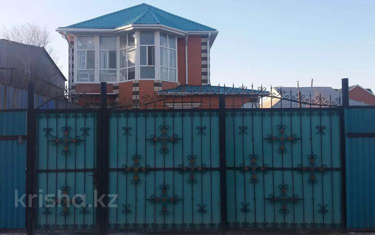 6-комнатный дом, 150.3 м², 0.0735 сот., СМП-163. Бөкейханов 37 а — Сырыма Датова за 30 млн 〒 в Атырау